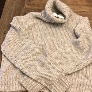 J. Crew Sweaters - NWT Jcrew thick cable knit sweater size XL Gray